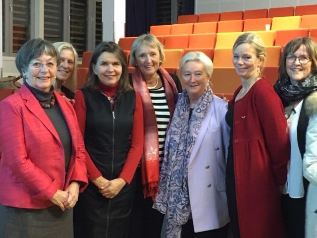 Bildet over viser lokalstyret i Trondheim: Mette Haase Moen, Eva Skjærvold, Janecke Koren, Elin Schive, Solveig Melbye (leder For kvinners helse) Boel Helgesen og Lillian Geving.