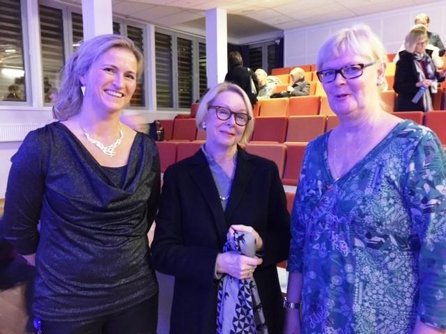 Brita Pukstad, Lise Skjåk Brek og Elisabeth Darj