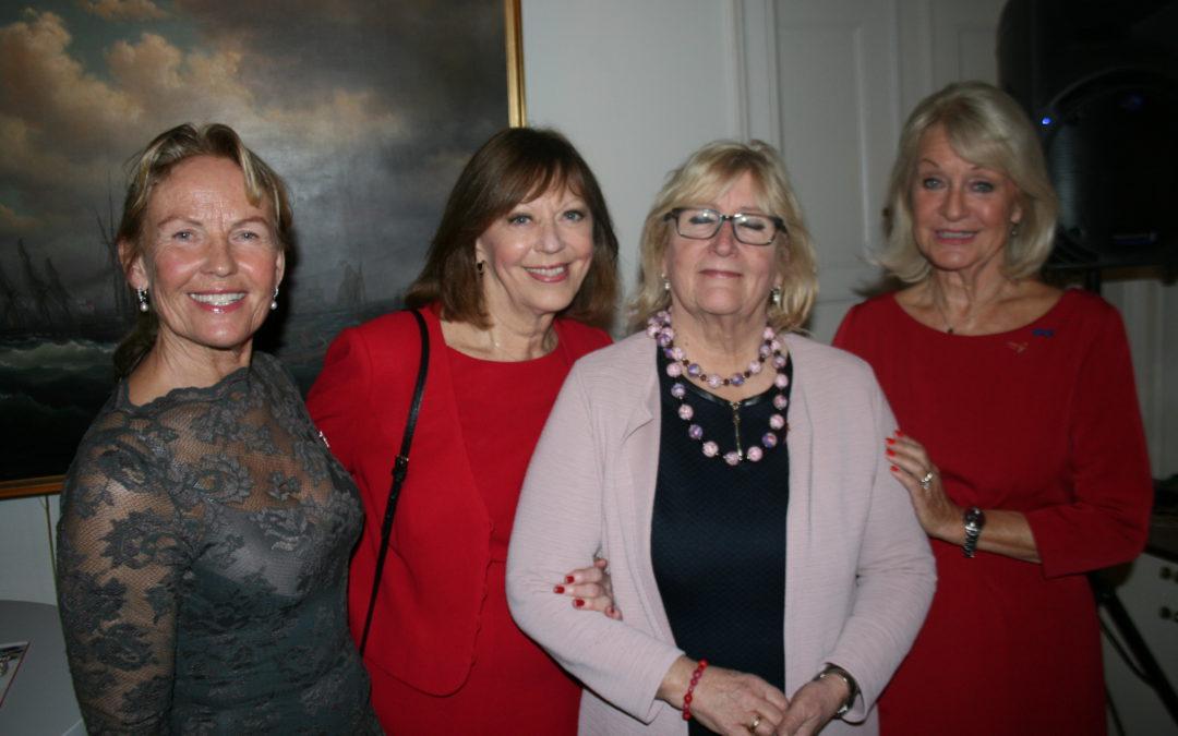 Bilder fra kveldsbesøk hos den svenske ambassadøren
